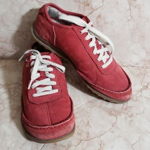 The north face red suede woman outdoors shoes 8